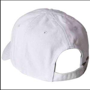 Lacoste Accessories - New Lacoste Unisex White Hat Cap